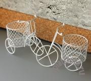 %Велосипед белый с корзиной