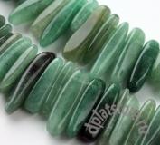 Авантюрин зеленый натуральный палочка нить